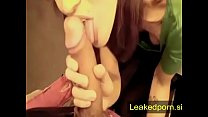 I persuade the saleswoman to give me a blowjob ...