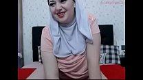 Muslim Girl fingering pussy