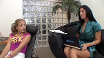 Young floozie Chastity Lynn is going way down S...