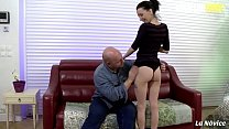 AMATEUR EURO - Brunette Babe Tania Kiss Has Har...