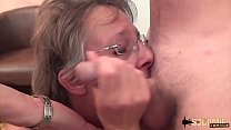 Mature amateur woman squirts during her anal gangbang ! Thumbnail