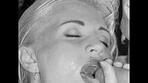 Madonna Topless: http://ow.ly/SqHsN