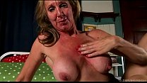 Shapely old spunker in sexy stockings loves to ...