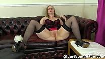 Lusty milf Sammie from the UK rewards herself w...