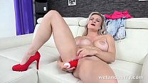 You'll love seeing this busty babe get busy wit...
