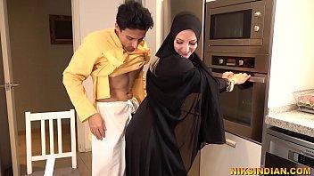 hijab' Search - XNXX.COM