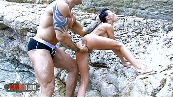 Justine de Sade fucking with big cock Rob Diesel at the beach