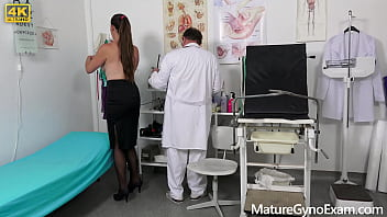 Hot mature woman with hairy pussy Valentina Ross gets her pussy examined with speculum