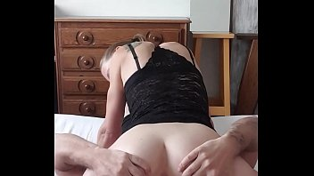 Belgian milf in stockings gets ass and pussy licked