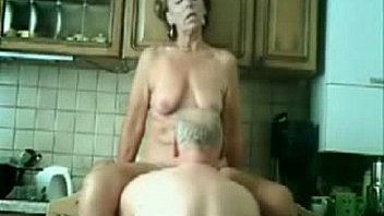 Stolen Video Of My Gorgeous Mom Having Fun With Dad Xnxx Com