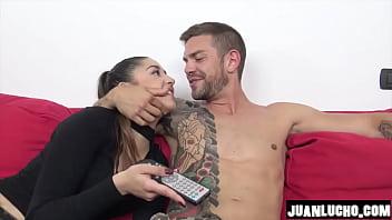 Watch Trio Madre e hija con Juan Lucho preview