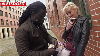 BUMS BUS - Daisy Lee - Perv BBC Guy Fucks On The Van With A Pretty Teen Blondie