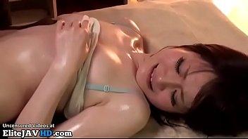 Jav cute 18yo girl enjoys special massage