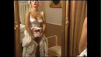 sex girl classic retro 2 renaissance