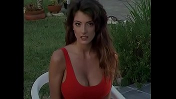 Darkhaired yardbird Sophia Staks with enormous melons was briefed Arseways