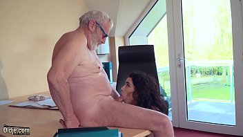Teen blowjob and cumshot cumpilation in oldyoung babes swallowing old man cum