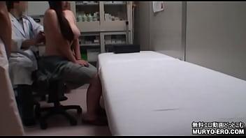 関西某産婦人科に仕掛けられていた隠しカメラ映像が流出 28歳爆乳OL 定期健診