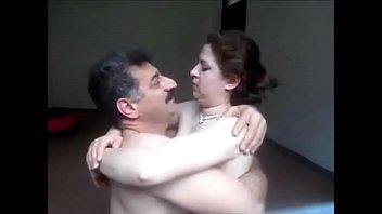 Türk adam becerdin sevimli kız