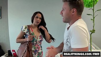 RealityKings - Milf Hunter -...