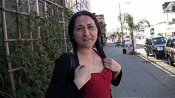 Amateur girlfriend xxx tits public show and pussy deep fuck