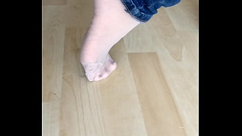 changing feetplay in stockings and pantyhose