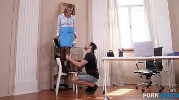 Hot Fuck for Horny Secretary Kinuski in her Workplace