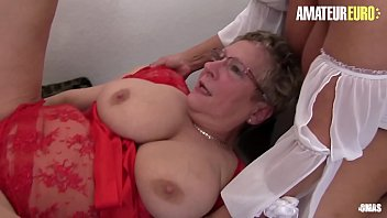 AMATEUR EURO - Delicious German FFM Sex With Hot And Horny Amateurs (Erna & Sexy Susi)