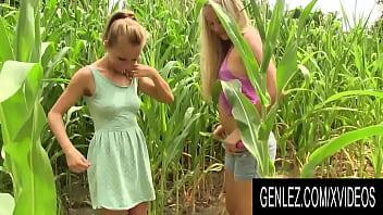 Gen Lez - Cute Lesbian Adventures