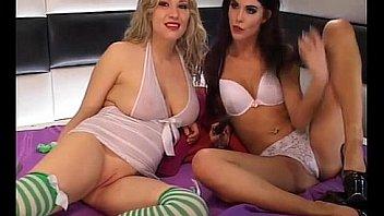 2 Horny Czech TV sex sluts