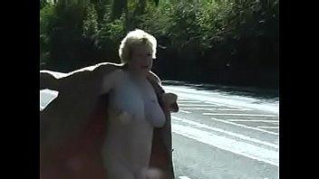 Nackt wald oma Beste Nackt