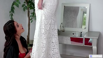 Hot bride wants a farewell sex before the wedding