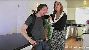 Julia Ann beau-fils a ete...