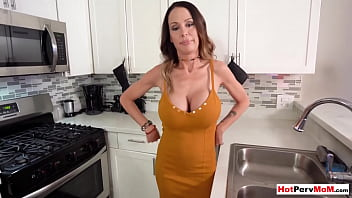 Big boobed cougar stepmom tasting sons rock hard cock