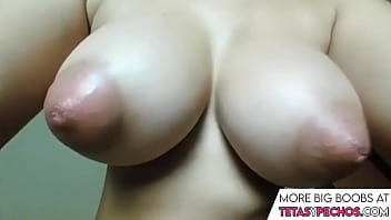 Missile Big Natural Tits, Wide Areolas and Juicy Pussy Masturbation