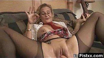 Fisting Big Moms