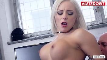 BUMS BUERO - #Lilli Vanilli - Sexy Ass MILF Babe Rough Banged By Horny Boss