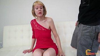 Stepson Seduces Stepmom Jamie Foster