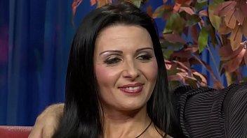 Stacey organizza al suo capo un compleanno di sesso sfrenato