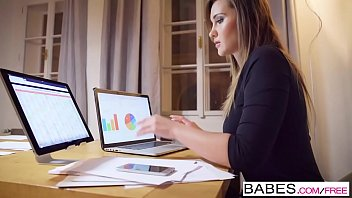 Babes - Office Obsession - Honey, Im Home  starring  Clea Gaultier and Naomi Bennet clip