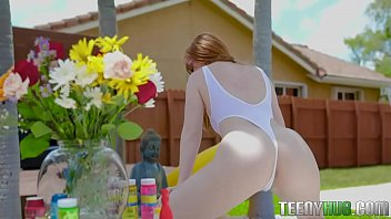 Ginger teen take off her bikini to fuck - Amber Addis