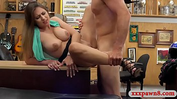 Busty amateur lady sells her helmet and pursuaded to get her pussy screwed at the pawnshop