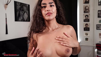 Luna Silver blows Mr. POV in the point-of-view blow job video I Love it in My Mouth!