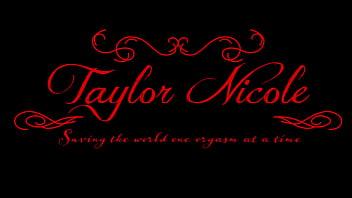 Taylor Nicole Thats A Huge Eel!