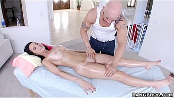 Relaxing Oil Rub and Fuck