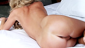 Elyse Jean in Between the Sheets