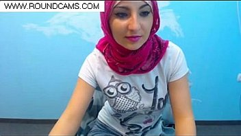 haram arab woman in hijab www&roundcams&com - XNXX.COM