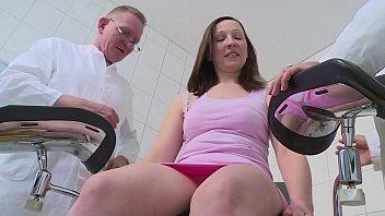 MMV 54522 Sprechstunde Frauenarzt 3 3