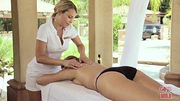 GIRLS GONE WILD - Jillian Janson Gets A Very Relaxing Lez Massage