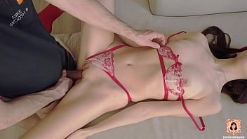 CUTE TEEN GETS FUCKED AND CREAMPIED IN THE MORNING