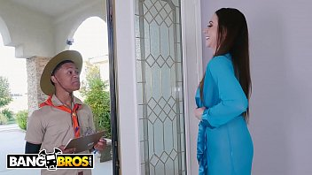 Watch BANGBROS - MILF Ariella Ferrara_Wants The Nookie, Not The Cookie preview